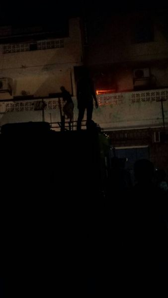احراق مقر الاصلاح بعدن 1 - عدن نيوز