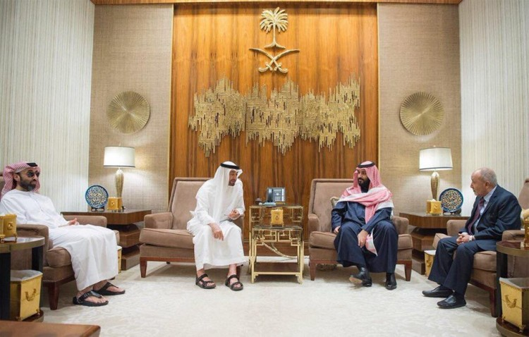 تحالف أبو ظبي وحزب الإصلاح اليمني.. من المستفيد منه؟