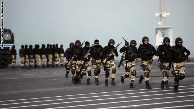 """على وقع التوتر بين الحكومة الشرعية والمجلس """"الانفصالي"""".. قوات سعودية تصل عدن"""