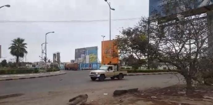 شاهد فيديو لمجاميع الحزام الامني لحظة تفجير الوضع عسكرياً في عدن