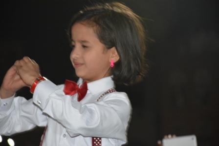 بالصور.. حفل استقبال كبير للنجمة اليمنية الصغيرة ماريا قحطان في صنعاء