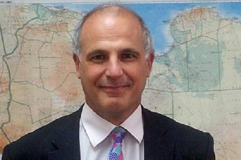 السيرة الذاتية للسفير البريطاني الجديد لدى اليمن (مايكل ايرون)