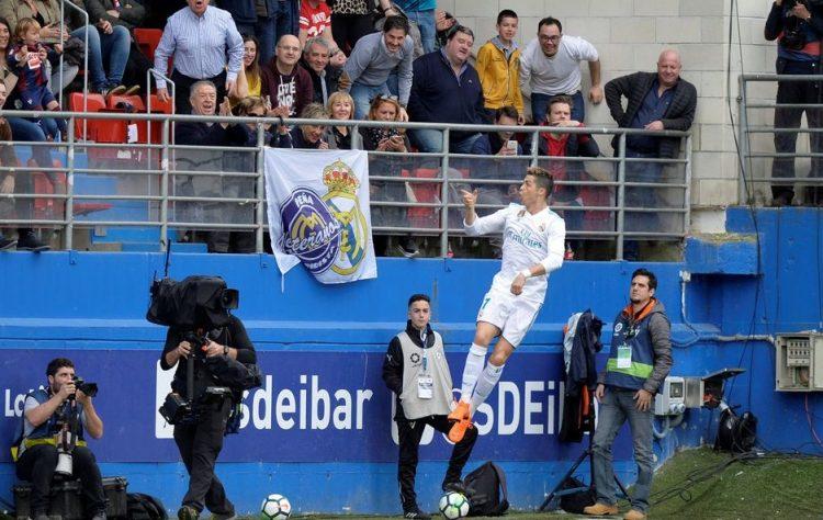 بفضل رونالدو.. ريال مدريد يتجاوز ايبار بصعوبة