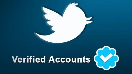علامة التوثيق الزرقاء في تويتر ستصبح متاحة للجميع