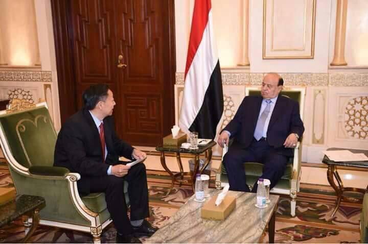 اتفاق وشيك بين الرئيس هادي والحكومة الصينية لإدارة ميناء عدن