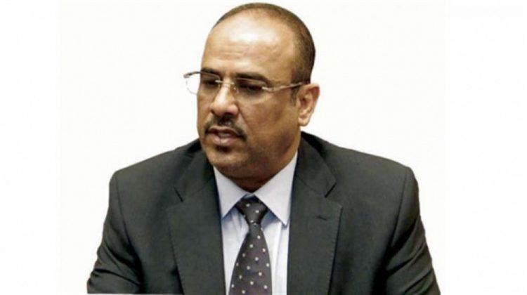 وزير الداخلية يوجه كافة الوحدات الأمنية بعدم التعامل المباشر مع قيادات التحالف إلا عبر وزارة الداخلية