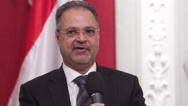 """المخلافي: الحكومة وافقت على تسيير رحلات """"طبية"""" للمرضى عبر مطار صنعاء"""