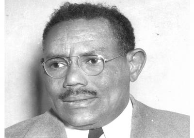درس رائع مع رجل من التاريخ الحديث الزعيم السوداني إسماعيل الأزهري