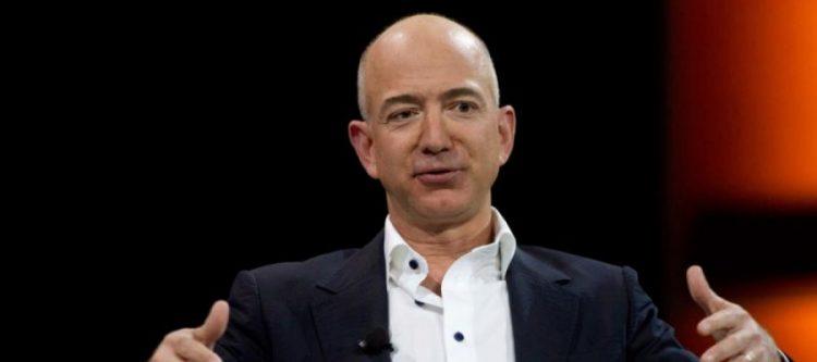 أغنى رجل في العالم.. كسب في يوم واحد 12 مليار دولار