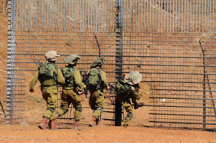 """هجوم """"إيراني"""" وشيك على تل أبيب وإسرائيل تتأهب وتغلق أجواءها مع سوريا"""