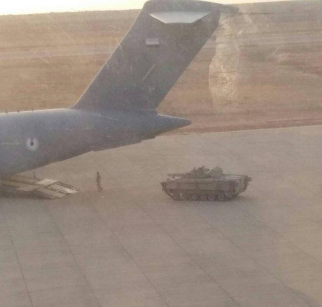 مسؤول حكومي: توتر الوضع في سقطرى بعد توجه مدرعات اماراتية نحو معسكر للجيش
