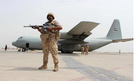 مصادر: الإمارات ترسل خامس طائرة عسكرية إلى سقطرى رغم مساعي السعودية لاحتواء الأزمة
