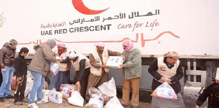 نشاط الهلال الأحمر الإماراتي باليمن سياسي وعسكري بلافتة إنسانية
