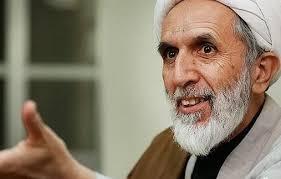 """مقرب من المرشد الايراني """"علي خامنئي"""" يعترف بالدعم الصاروخي للحوثيين"""