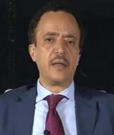 """مسؤول حكومي """" إعلان عيدروس يتناقض جذريا مع أهداف عاصفة الحزم وهو بمثابة انقلاب كامل الأركان على الشرعية"""