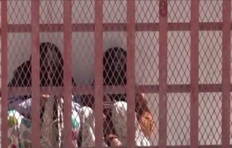 معاناة السجينات في معتقلات المليشيا