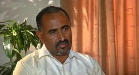 """الزبيدي اعلنها صراحة.."""" سنقف مع السيد عبدالملك الحوثي""""..صورة"""