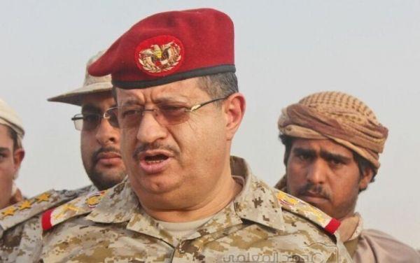 """أكد أن ميزان القوة بات في صالح الجيش الوطني.. وزير الدفاع: يفتح ملفات الجيش ويتحدث عن معركة """"نهم"""""""