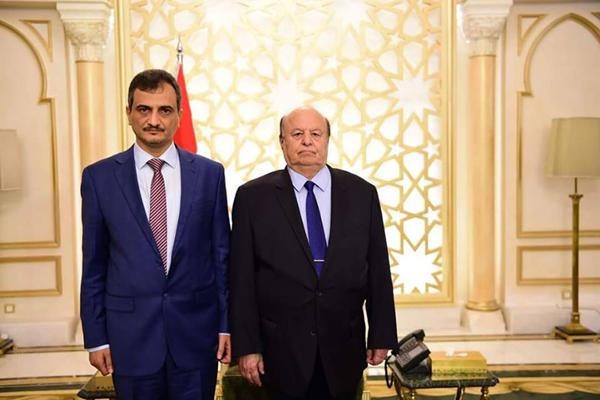 """محافظ محافظة شبوة """"احمد لملس"""" يعلن مباركته وتأييده لقرارات الرئيس هادي"""