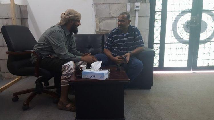 قيادي جنوبي: نؤيد قرارات الرئيس، ولا يمكن أن يحكم اليمن متمرد في صنعاء ومتمرد في عدن