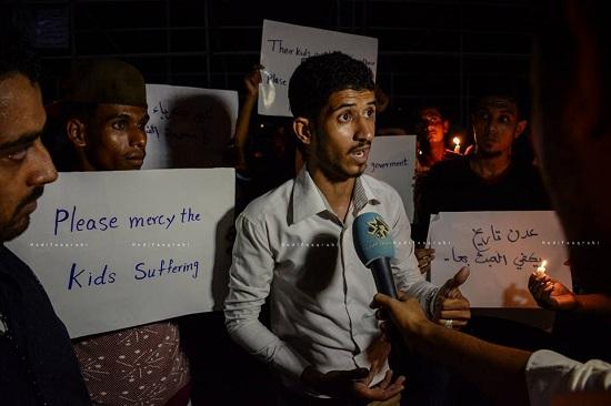 """عدن تغرق في """"الظلام"""".. واحتجاجات على اضواء الشموع"""