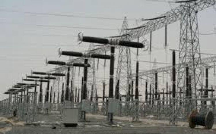 عدن: في اطار جهود الحكومة لحل مشكلة الكهرباء… مصافي عدن تعلن عن مناقصتين لشراء مشتقات نفطية