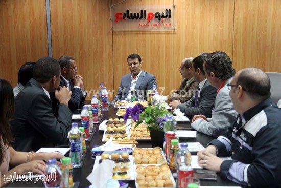 """فضيحة.. """"ايميل مسرب"""" لصحيفة اليوم السابع المصرية يكشف توظيف جيشا للدفاع عن الإمارات لكسب """"رز عيال زايد"""""""