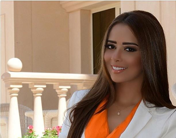 الفنانة اليمنية بلقيس فتحي تفوز بجائزة الموريكس لأفضل فنانة عربية خليجية لعام ٢٠١٦