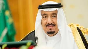 الملك سلمان يأمر بإيقاف كاتب شبهه بالله عز وجل