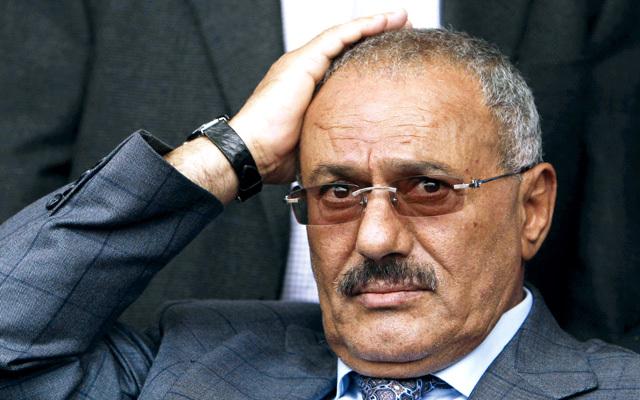 """ضغوطات امريكية و """"المخلوع صالح"""" الى خارج اليمن قريبا"""