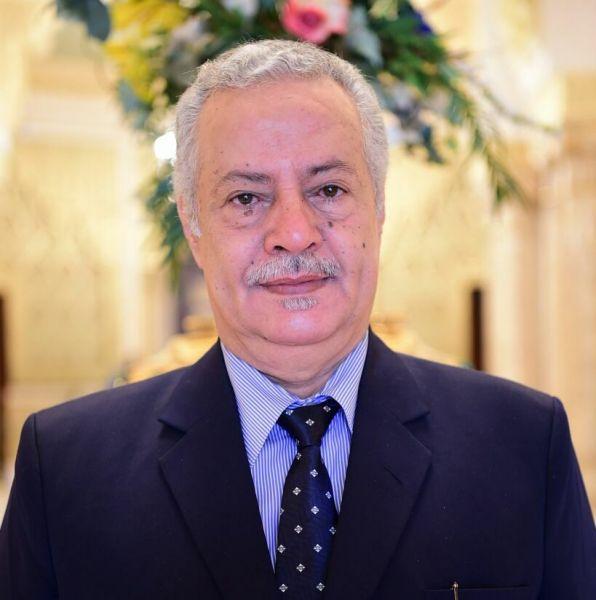 المحافظ عبدالعزيز المفلحي يعزي في وفاة الدكتور محمد لكو