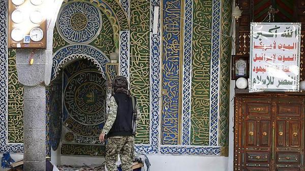 """لأول مرة مساجد صنعاء تخلو من المصليين في """"تراويح رمضان"""" بسبب الحوثيين – صور"""
