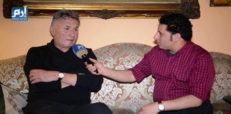 """عزت أبو عوف يكشف سبب صلعه في """"عفاريت عدلي علام"""""""