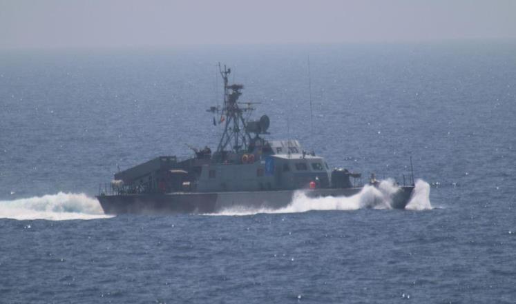 ايران تعلن ارسال سفينتين حربيتين الى هذه الدولة العربية