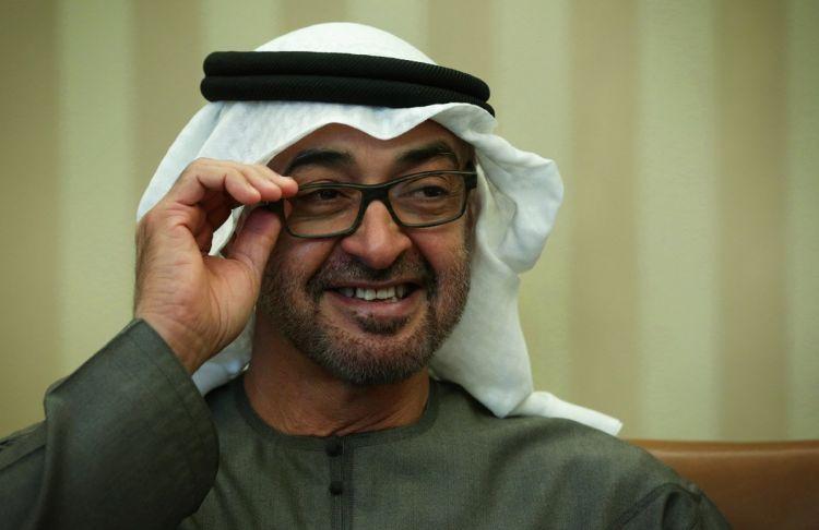 """تفاصيل مثيرة.. لماذا قال محمد بن زايد """"لو عرف الإماراتيون ما أفعله لرجموني بالحجارة""""؟!"""