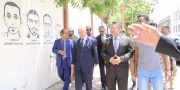 """رئيس الوزراء يفتتح جدارية """"الشهداء لا يموتون في عدن"""