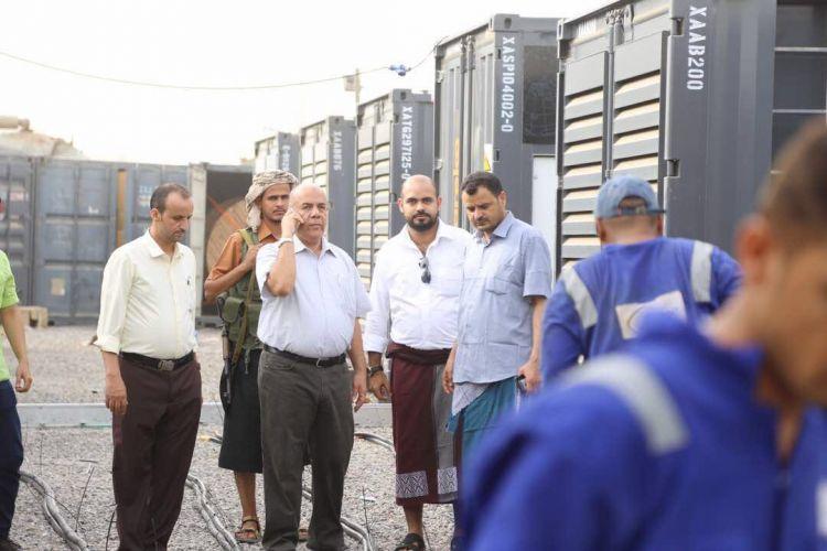 نائب وزير الكهرباء يتفقد عملية تركيب مولدات الطاقة بمحطة المنصورة