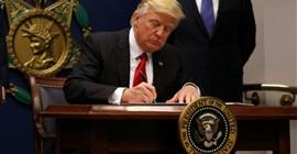 """أمريكا تبدأ تنفيذ حظر السفر المفروض على """"اليمن"""" و5 دول آخرى ."""