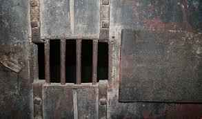 اتهامات للإمارات بإرسال معتقلين يمنيين الى سجون سرية في ارتيريا