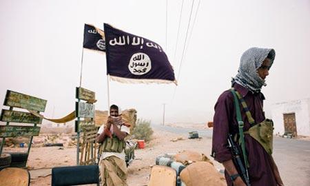 عاجل: مقتل القيادي بتنظيم القاعدة إبراهيم العدني في غارة أميركية بأبين