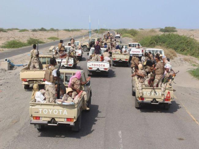 مسؤول حكومي يكشف الضغوط الدولية التي تعيق تقدم قوات الجيش نحو العاصمة صنعاء والحديدة