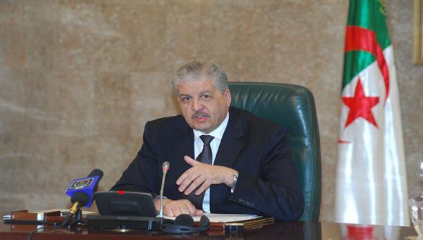 4 شائعات سياسية هزّت الجزائر في أسبوع