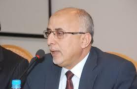 الحكومة اليمنية تناقش مع الهلال الأحمر التركي الوضع الإنساني وانتشار وباء الكوليرا.