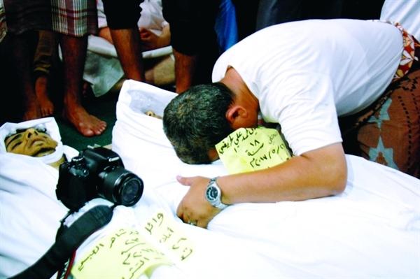 """""""130"""" حالة انتهاك للحريات الإعلامية في اليمن"""