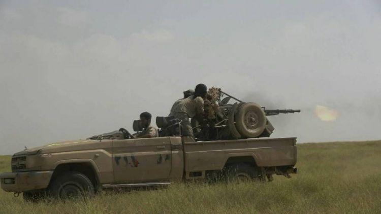 قتلى وجرحى بمعارك عنيفة بين القوات الحكومية والمسلحين الحوثيين في مدينة حرض