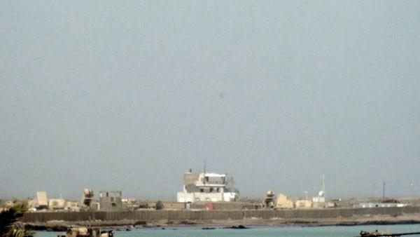 المخا.. مدينة خارج سلطة الدولة اليمنية (استطلاع مصور) من داخلها يكشف كيف أصبحت الآن؟