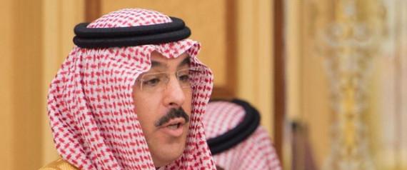 """وزير الإعلام السعودي يكشف عن هوية حساب """"مجتهد"""" التي حيرت الملايين"""