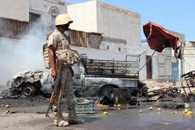 اصابة جنديين من قوات الحماية الرئاسية في عدن والقباطي يطالب بتسليم المتهمين