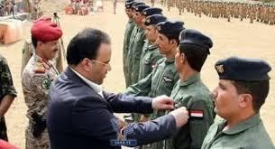 قيادي في المليشيات الإنقلابية يرد على ولد الشيخ : لن نسلم ميناء الحديدة