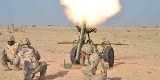 قوات الجيش الوطني تقصف مواقع للمليشيات الانقلابية في البقع صعدة.